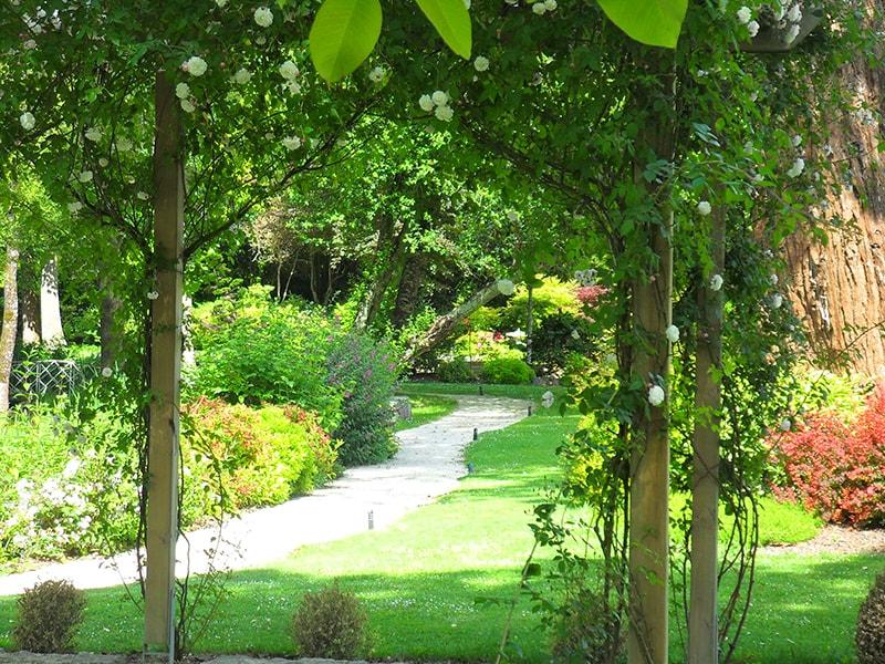 Allo jardin service paysagistes au service de votre jardin for Jardin service